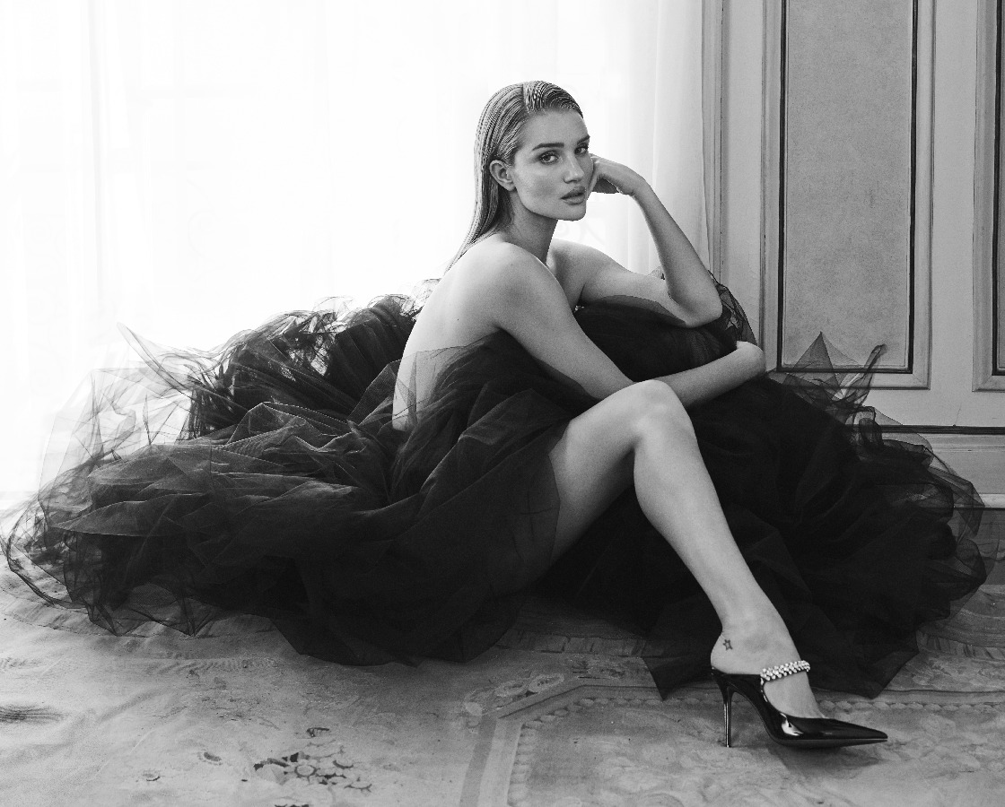 In My Choos - Rosie Huntington-Whiteley