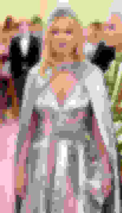 Kate Moss carrying TITANIA