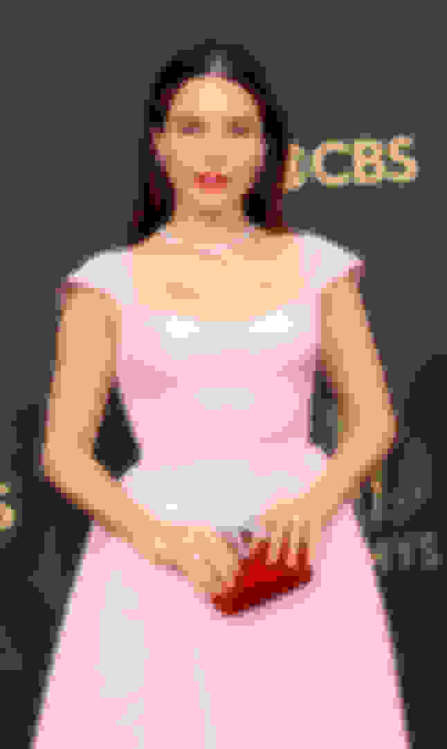 Sophia Bush carrying CLOUD