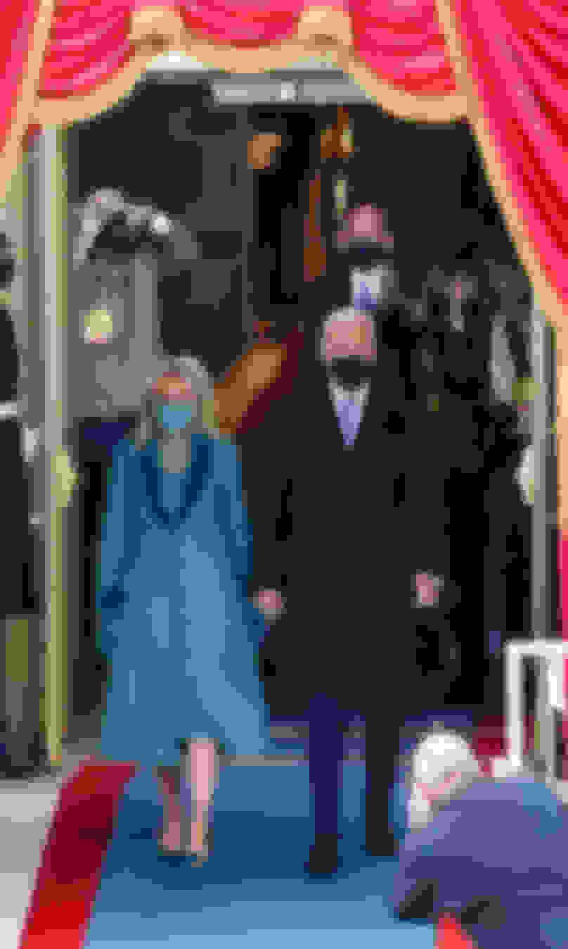 ROMYを着用するジル・バイデン新大統領夫人