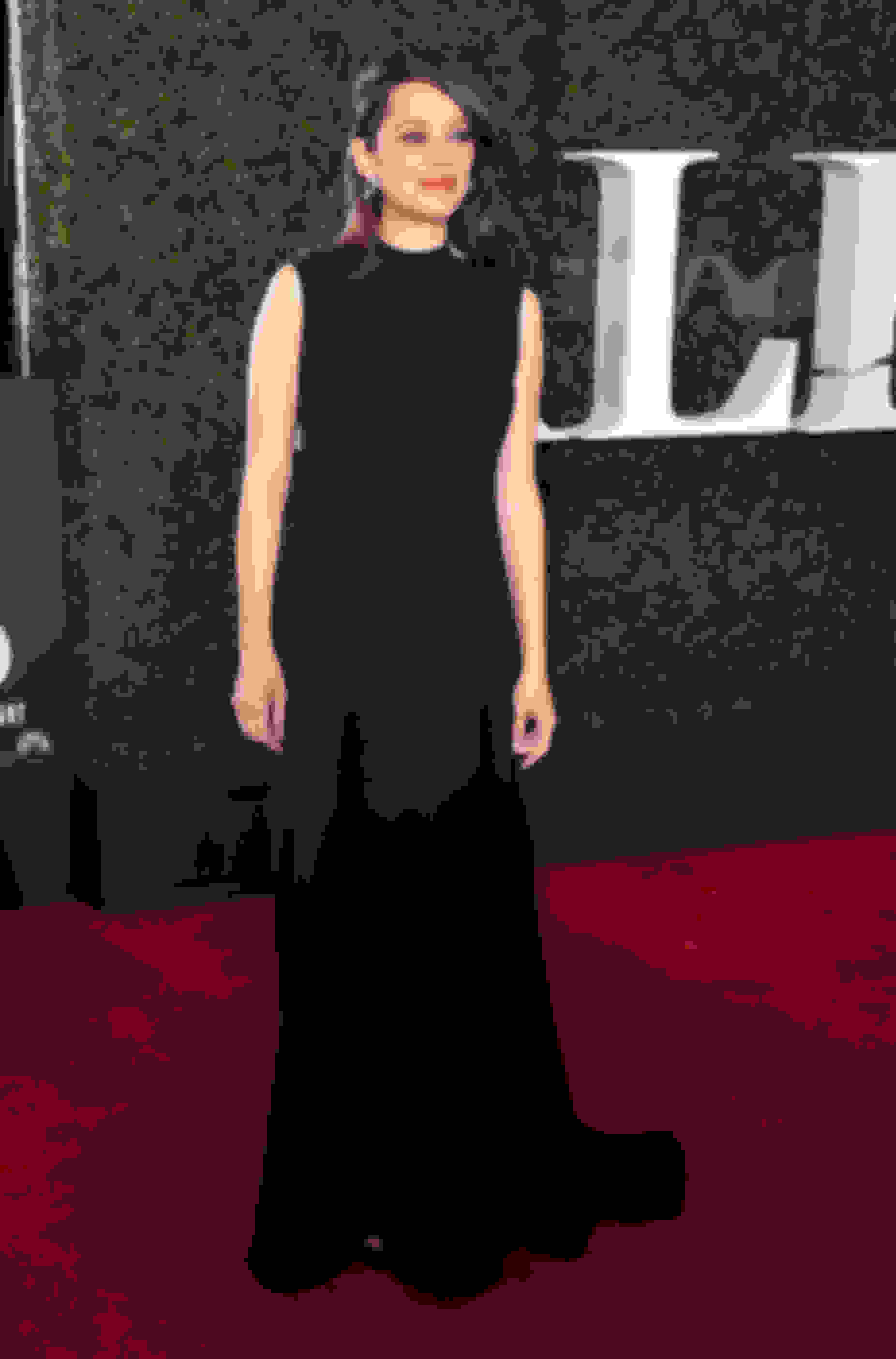 Marion Cotillard wearing HOLLY