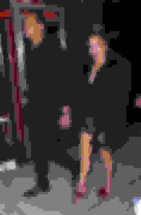 Jennifer Lopez wearing VIOLA