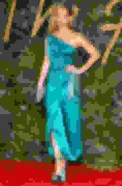 Kate Moss wearing MAXI