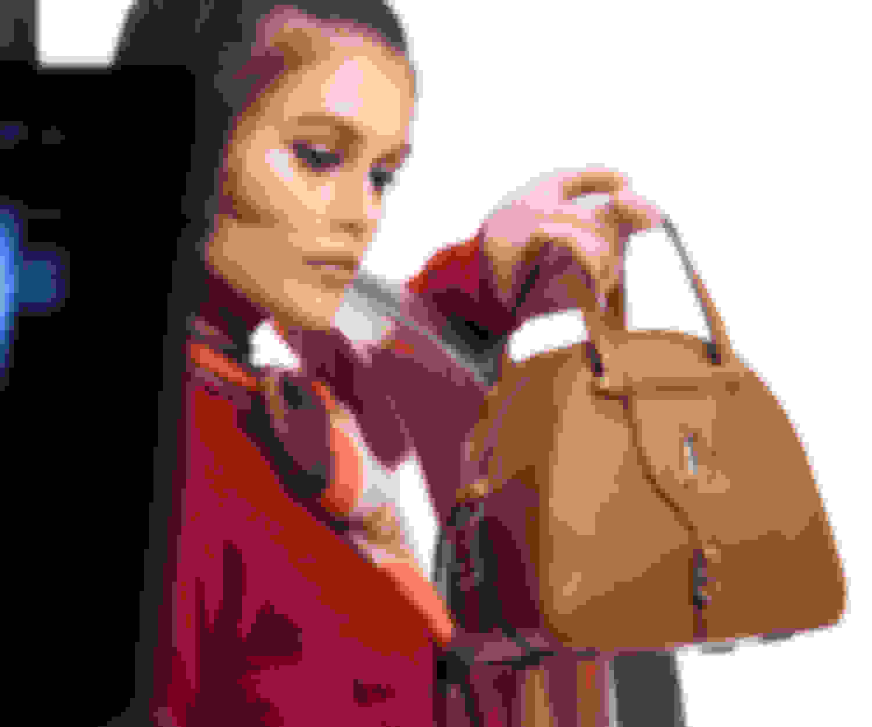Campaign star Kaia Gerber carrying VARENNE Bowling Bag