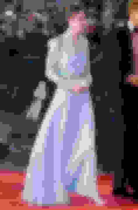 Dutchess of Cambridge wearing Vamp