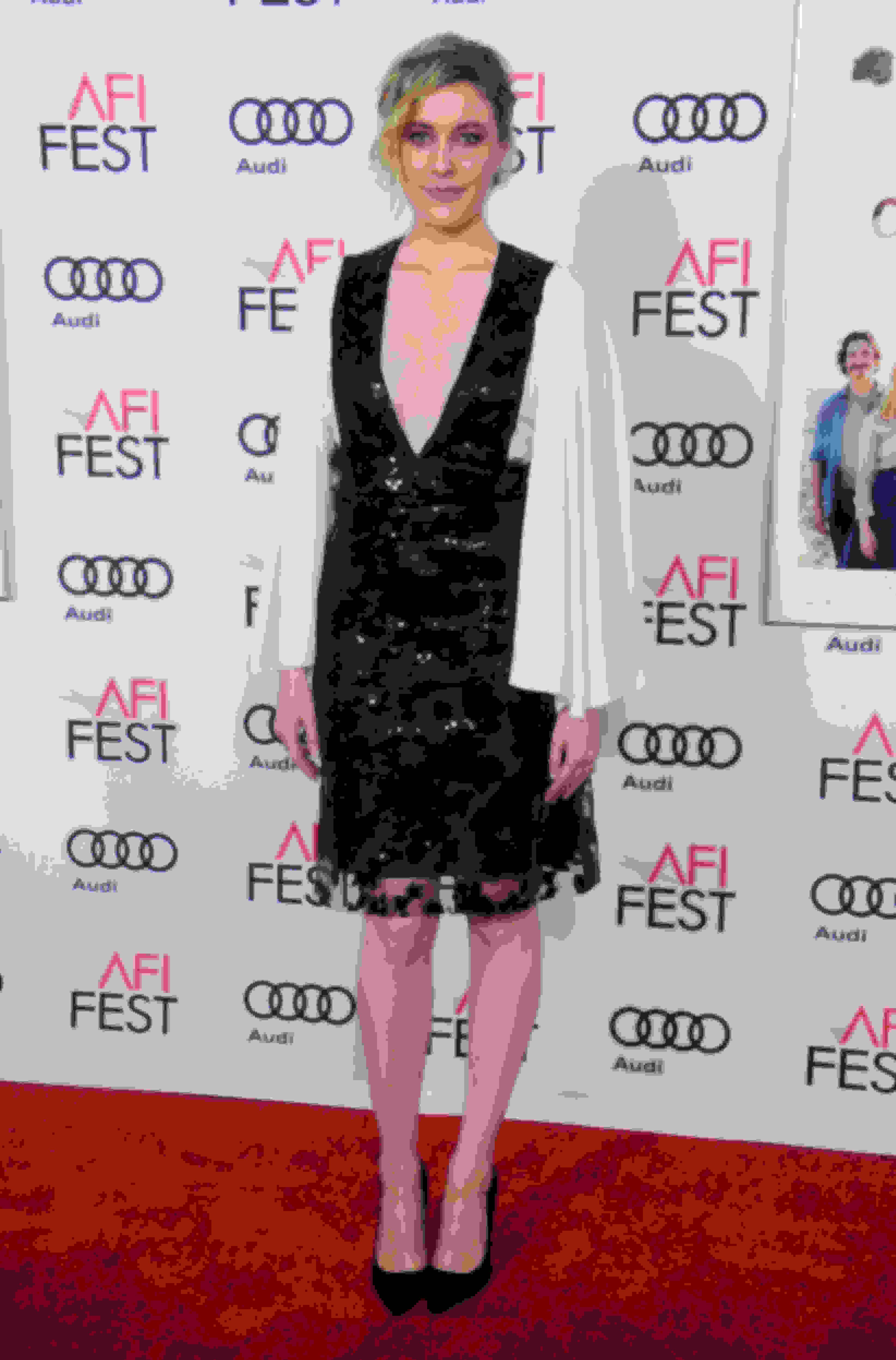 Greta Gerwig wearing ROMY