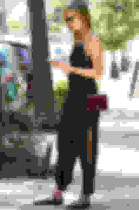 Karlie Kloss carrying LOCKETT PETITE