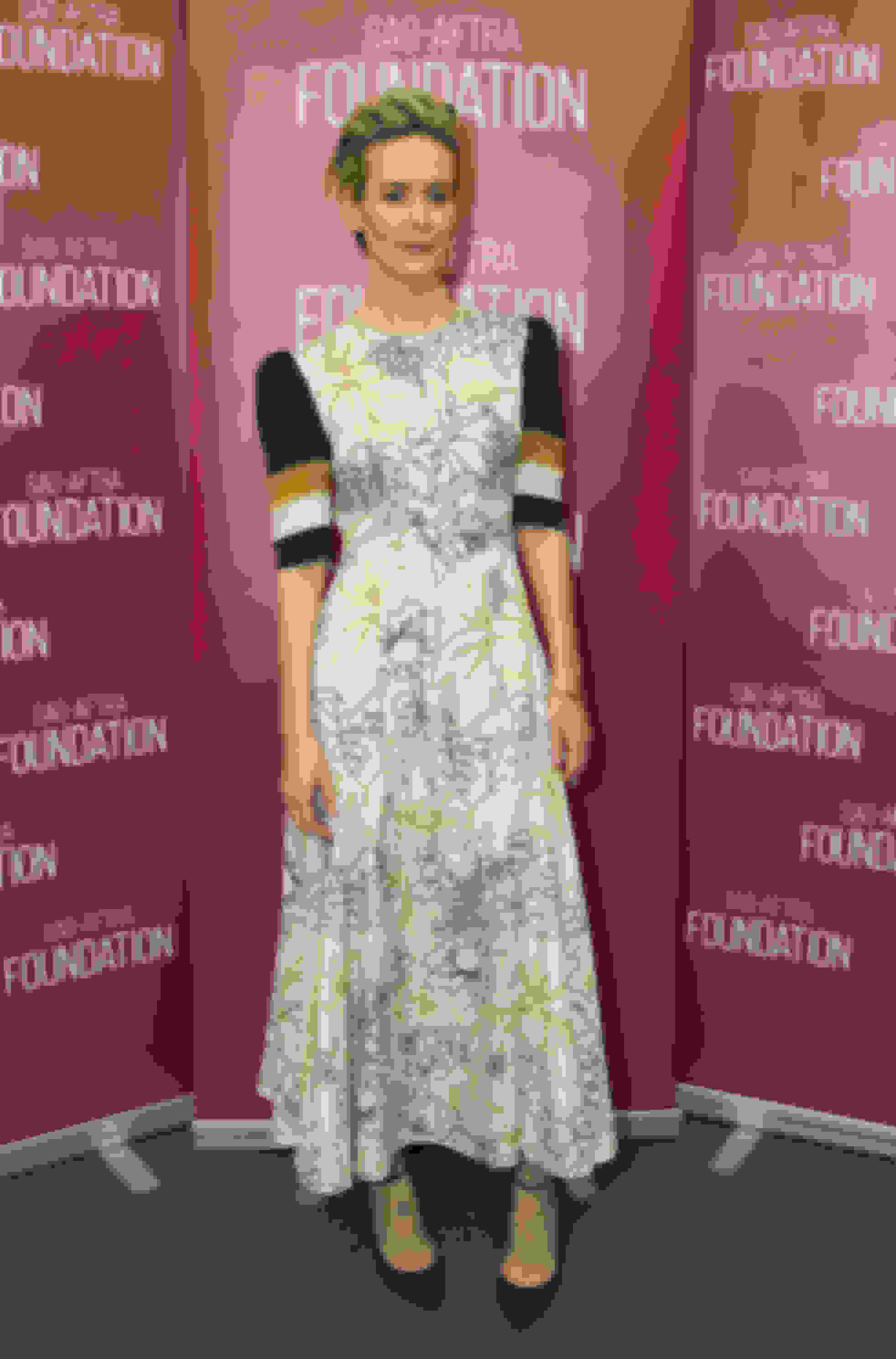 Sarah Paulson wearing LUCY