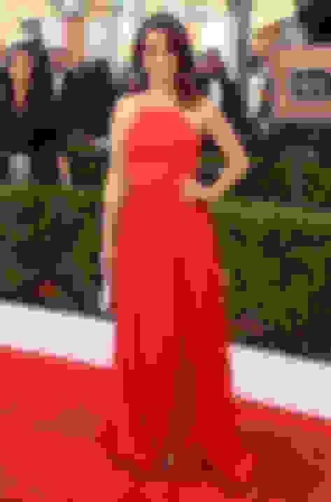 Tina Fey wearing Pearl