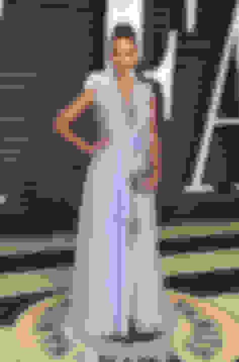 Jessica Alba carrying CLOUD